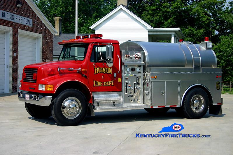 <center> Burgin  Tanker 6 <br> 1995 International 4900/Bluegrass 500/2000 <br> Kent Parrish photo </center>