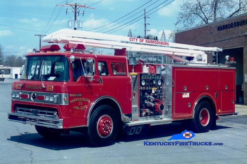 <center> RETIRED <br> Harrodsburg  Engine 225 <br> 1989 Ford C-8000/Pierce 1250/500/54' Squrt  <br> Greg Stapleton photo </center>