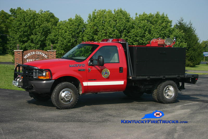 <center> Mercer Central  Brush 5 <br> 2000 Ford F-350 4x4/Local/MCFD 250/250 <br> Kent Parrish photo </center>