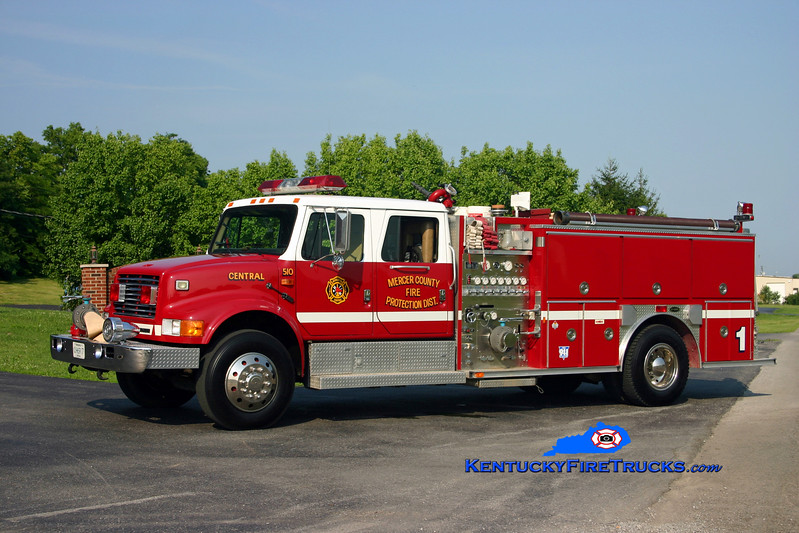<center> Mercer County  Reserve Engine 1 <br> 1993 International 4900/E-One 1250/1000 <br> Kent Parrish photo </center>