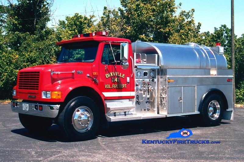 <center> Dixville  Tanker 11 <br> 1996 International 4900/Bluegrass 450/1800 <br> Greg Stapleton photo </center>