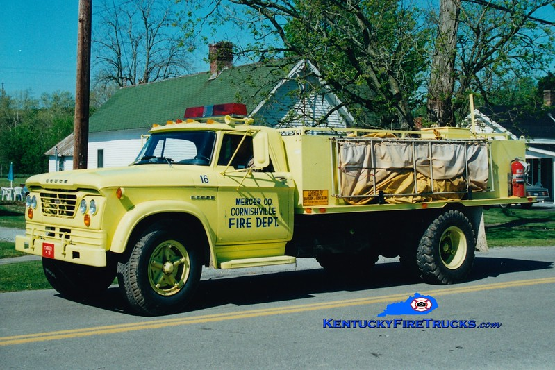 <center> RETIRED <br> Cornishville  Tanker 16 <br> 1965 Dodge/Local 250/1800 <br> Greg Stapleton photo </center>