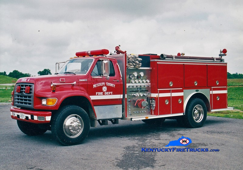 RETIRED <br /> Edmonton-Metcalfe County Engine 4<br /> 1994 Ford F-800/E-One 1250/1000<br /> Greg Stapleton photo