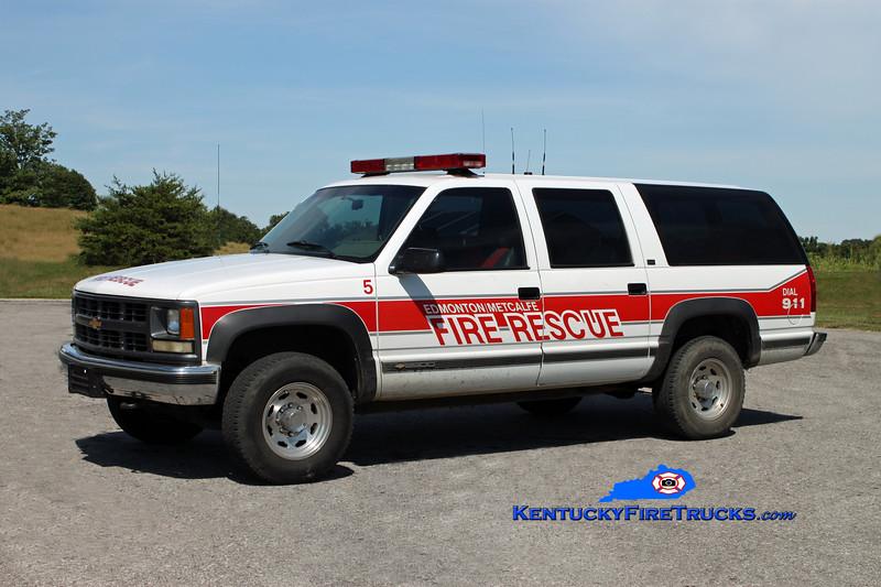 <center> Edmonton-Metcalfe County  Rescue 5 <br> 2000 Chevy Suburban 4x4 <br> Kent Parrish photo </center>