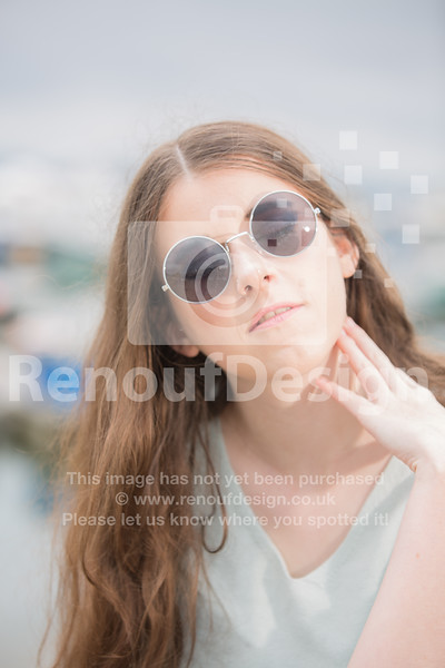 Laura 7