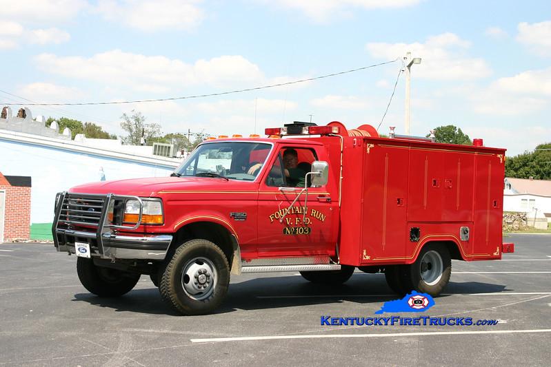 <center> Fountain Run  Rescue 103 <br> 1996 Ford F-350 4x4/Danzer-Morrison 250/250 <br> Kent Parrish photo </center>