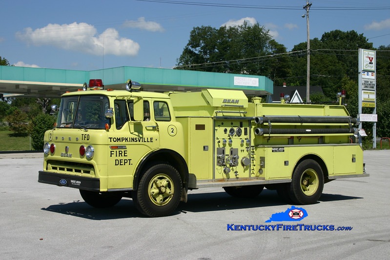 <center> Tompkinsville  Engine 2 <br> 1975 Ford C-750/FMC-Bean 750/750 <br> Kent Parrish photo </center>