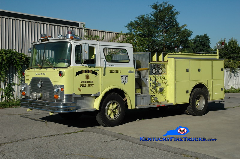 <center> RETIRED <br> 519 VFD  Engine 1 <br> x-FDNY; x-Edgewood (Kenton County), KY <br> 1972 Mack CF/1982 Summit 1250/650 <br> Greg Stapleton photo </center>