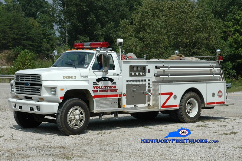 <center> 519 VFD  Engine 302 <br> x-Jasper, TX <br> 1990 Ford F-800/Wilson 250/750 <br> Greg Stapleton photo </center>