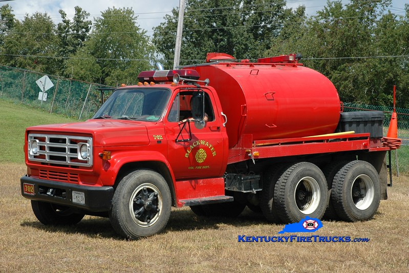 <center> Blackwater  Tanker 702 <br> x-US Navy <br> 1986 GMC/Gibson 250/1000 <br> Greg Stapleton photo </center>