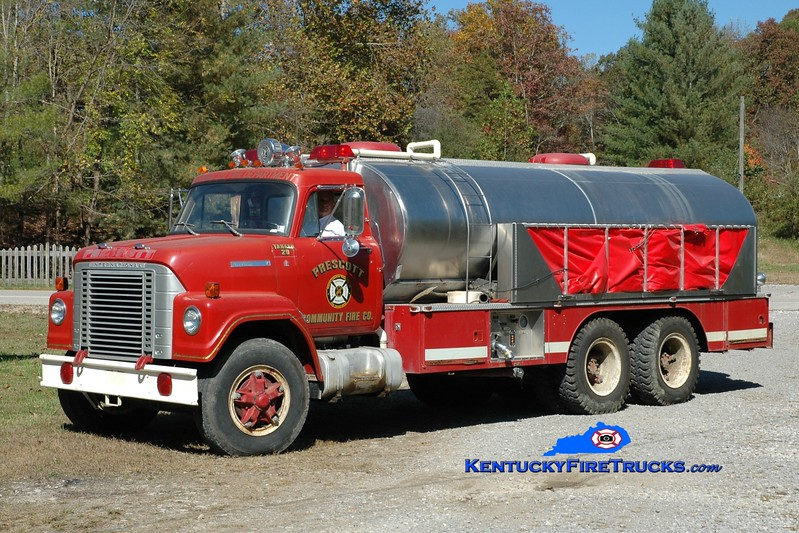 Highway 172  Tanker 502<br /> x-Prescott, PA <br /> 1973 International Fleetstar/United 250/3500<br /> Greg Stapleton photo