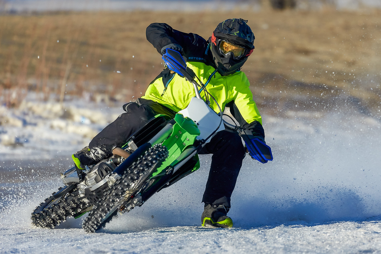 IMAGE: https://photos.smugmug.com/Photos/Motocross/Jan-7-2018/i-MJ2Kqp2/0/085b9a92/X2/icecross%200385-X2.jpg