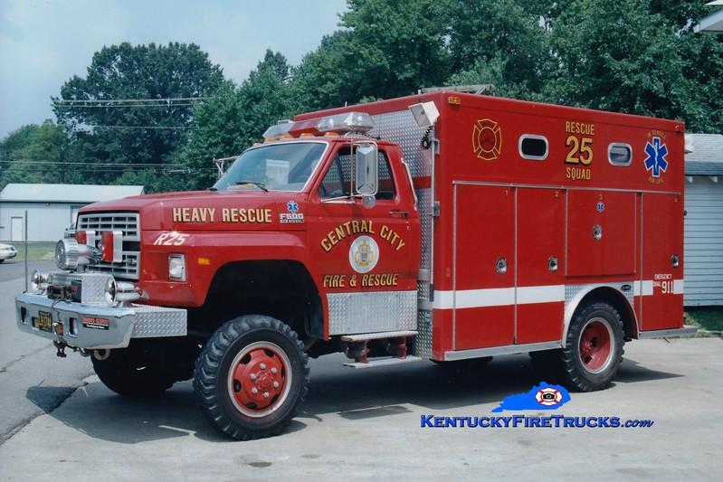 <center> RETIRED <br> Central City  Rescue 25  <br> 1989 Ford F-600 4x4/E-One  <br> Greg Stapleton photo </center>