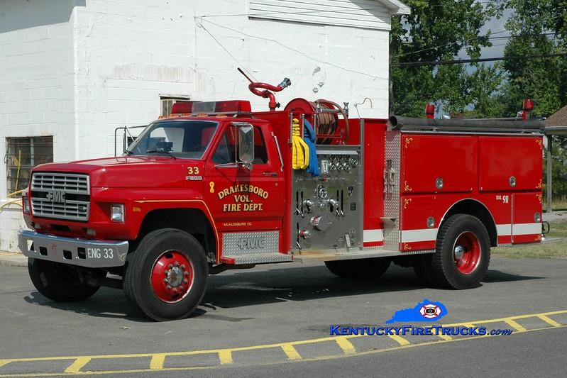<center> Drakesboro  Engine 33 <br> 1989 Ford F-800/FMC 1000/1000 <br> Greg Stapleton photo </center>