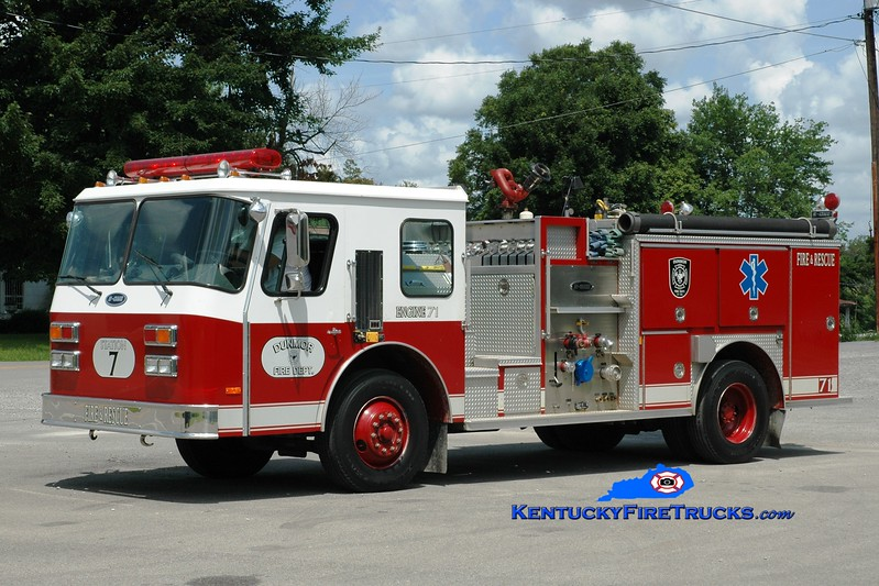 <center> Dunmor  Engine 71  <br> x-Logan Aluminum, KY <br> 1989 E-One Cyclone 1250/500/50 <br> Greg Stapleton photo </center>