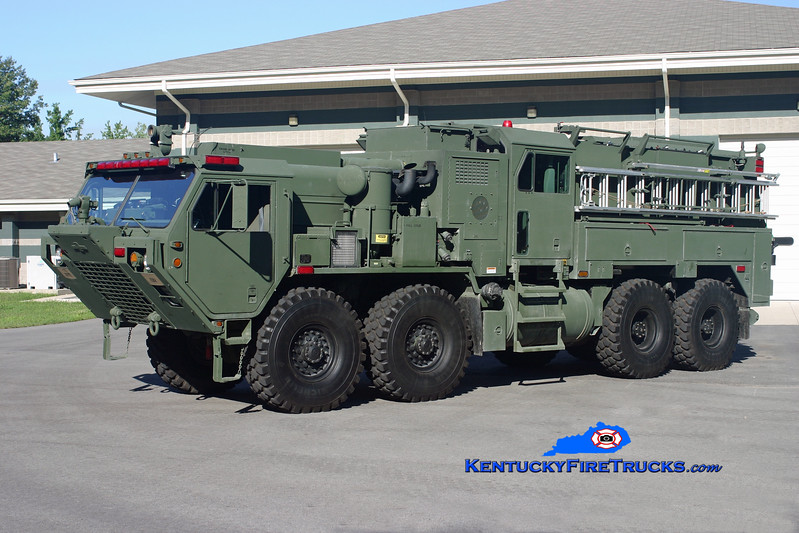 <center> Kentucky National Guard  Engine 2 <br> 2004 Oshkosh HEMTT M977/Pierce TFFT 1000/1000/60/60 <br> Kent Parrish photo <br> </center>