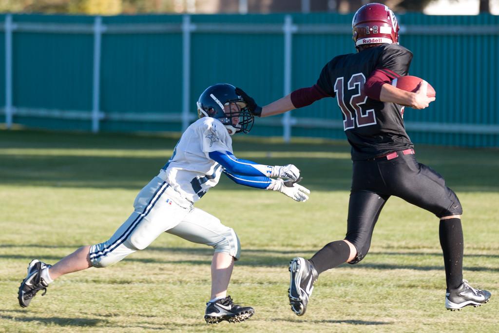 IMAGE: http://rdalrt.smugmug.com/NBCHS/2012-13/Jr-Football-vs-MG/i-QCNPVz4/0/XL/1D4A0449-XL.jpg