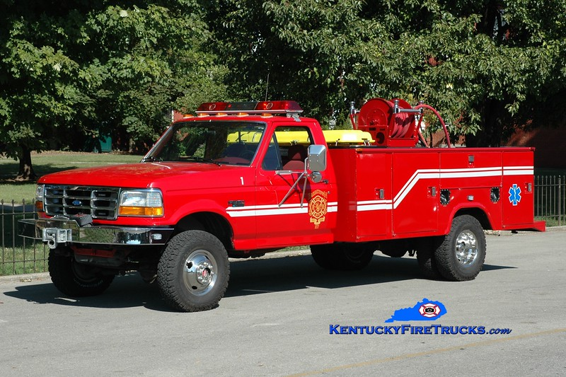 <center> Bardstown  Rescue 1 <br> x-Southeast Bullitt, KY <br> 1994 Ford F-350 4x4/Stahl 250/250 <br> Greg Stapleton photo </center>