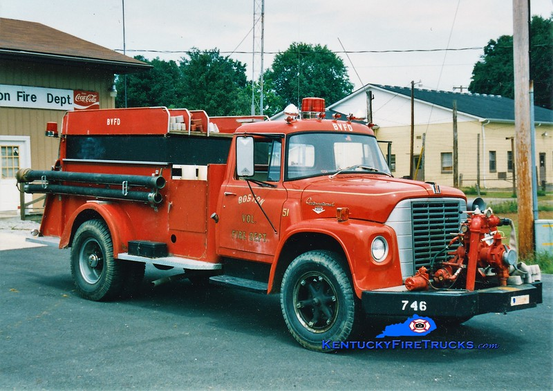 RETIRED <br /> Boston  Engine 51<br /> 1970 International Loadstar/1949 Darley 500/1000<br /> Greg Stapleton photo