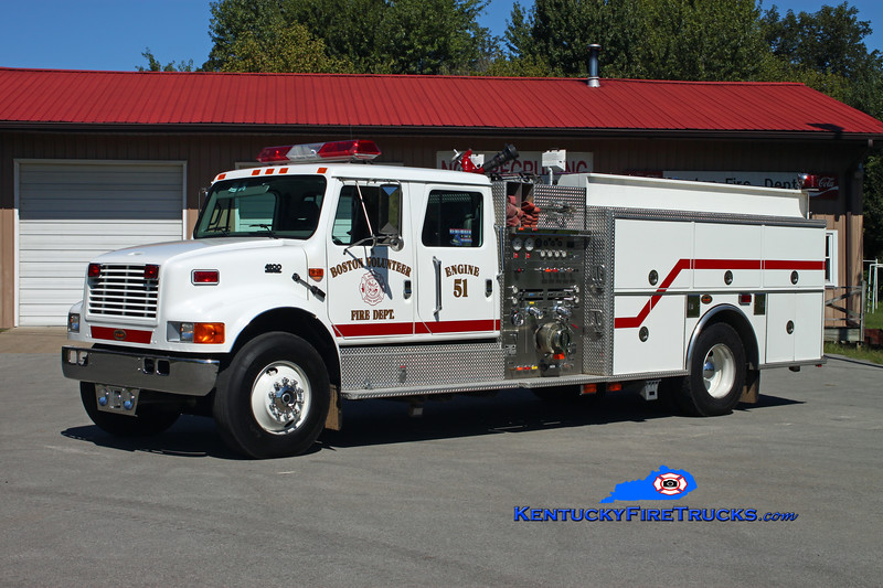 <center> Boston  Engine 51 <br> 2001 International 4900/KME 1250/1000 <br> Kent Parrish photo </center>