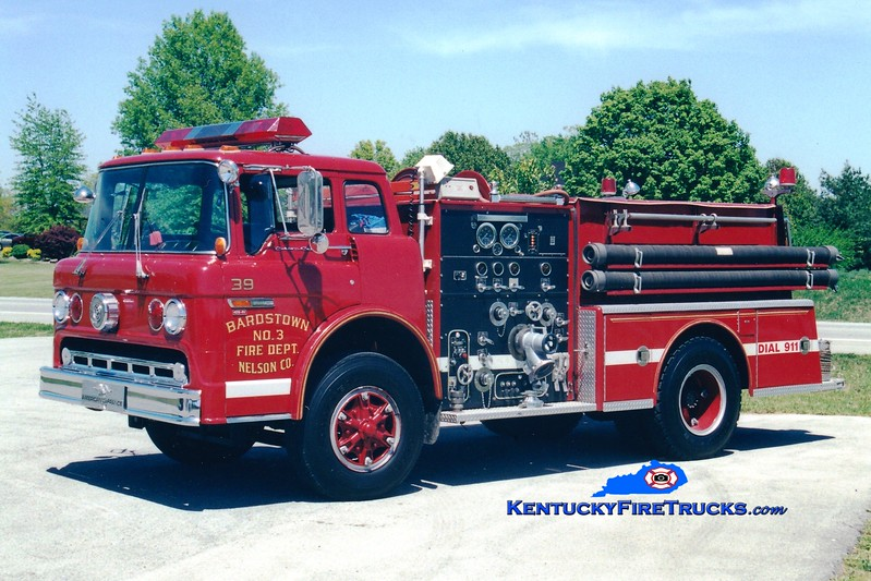 <center> RETIRED <br> Bardstown-Nelson County  Engine 39 <br> 1984 Ford C/American LaFrance 1000/750 <br> Greg Stapleton photo </center>