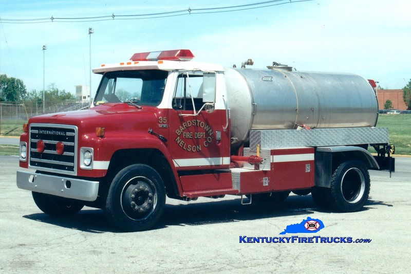 <center> RETIRED <br> Bardstown-Nelson County  Tanker 35 <br> 1983 International S/Local 250/1500 <br> Greg Stapleton photo </center>