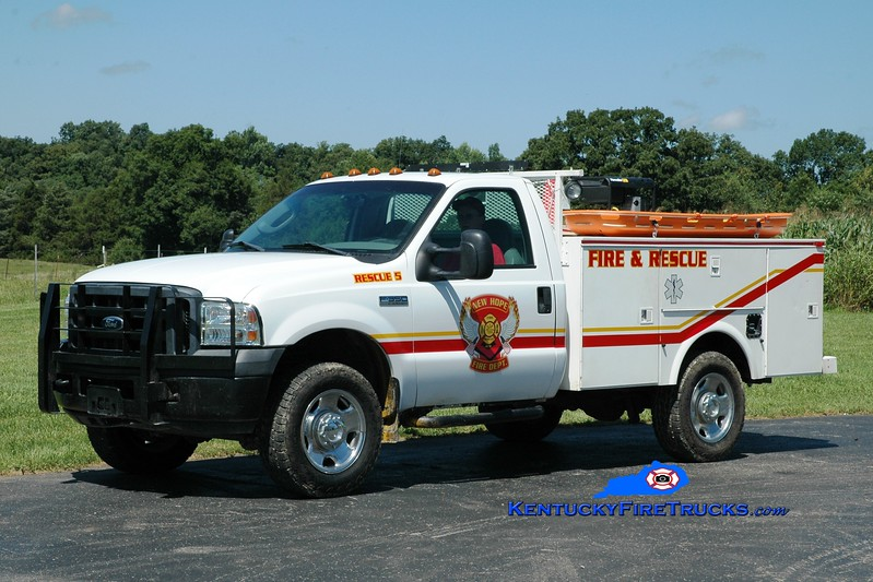<center> New Hope  Rescue 5 <br> 2005 Ford F-550 4x4/Omaha  <br> Greg Stapleton photo </center>