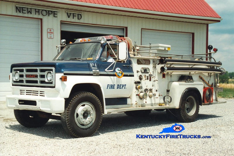 <center> RETIRED <br> New Hope  Engine 4 <br> x-Mt Washington, KY <br> 1977 GMC/1956 Oren 500/1000 <br> Greg Stapleton photo </center>