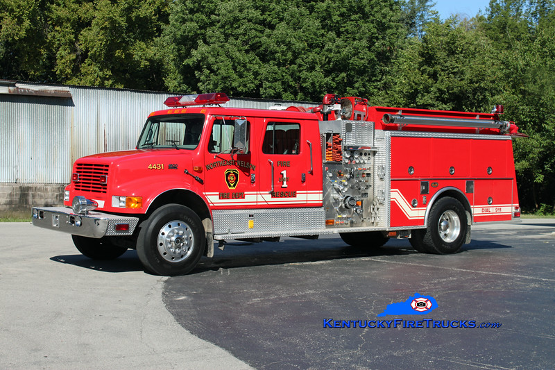 <center> Northeast Nelson  Engine 4431 <br> 2001 International 4900/KME 1250/1000 <br> Kent Parrish photo </center>