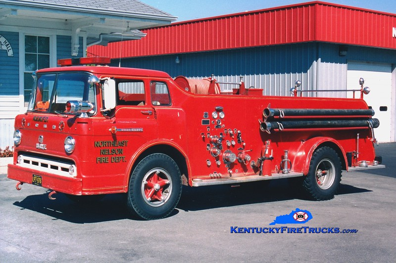 <center> RETIRED <br> Northeast Nelson  Engine 1 <br> Formerly Bloomfield <br> 1961 Ford C/Howe 750/500 <br> Greg Stapleton photo </center>