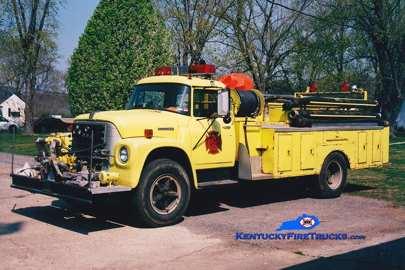 <center> RETIRED <br> Rolling Fork  Engine 24 <br> 1977 International Loadstar/Local 500/1000 <br> Greg Stapleton photo </center>