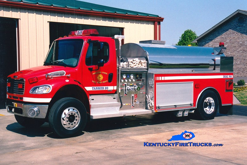 <center> RETIRED <br> Rolling Fork  Tanker 20 <br> 2004 Freightliner M2-106/Bluegrass 500/2000 <br> Greg Stapleton photo </center>
