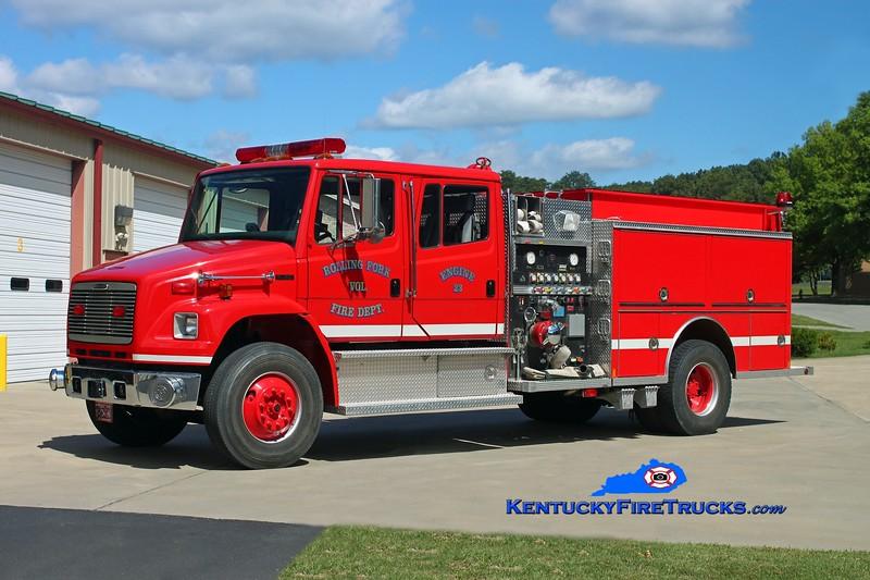 <center> Rolling Fork  Engine 23 <br> 2000 Freightliner FL80/Central States 1250/1000 <br> Kent Parrish photo </center>
