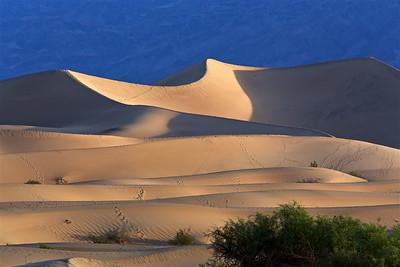 DV-180422-0005 Mesquite Flat Sand Dunes at Sunrise-2