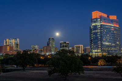 Fort Worth Tandy Building and Full Moon