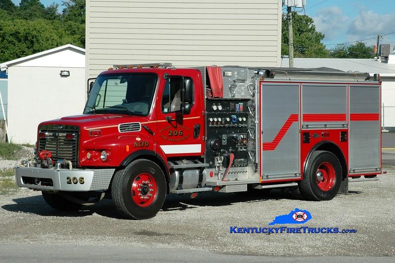 <center> Nicholas County  Engine 206 <br> 2005 Freightliner/Burtons Fire 1000/1000/100 <br> Greg Stapleton photo <br> </center>