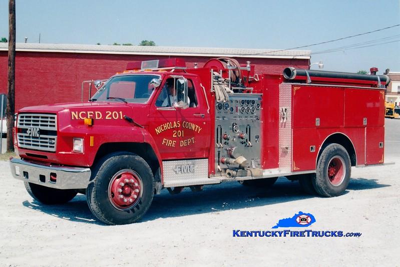 <center> RETIRED <br> Nicholas County  Engine 201 <br> 1987 Ford F-800/FMC 1250/1000  <br> Greg Stapleton photo <br> </center>