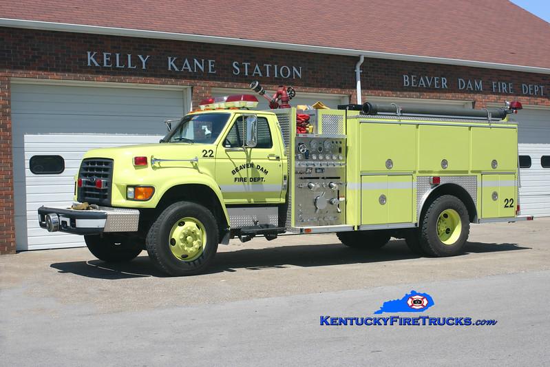 <center> Beaver Dam  Engine 22 <br> 1997 Ford F-750/E-One 1250/1000 <br> Kent Parrish photo </center>