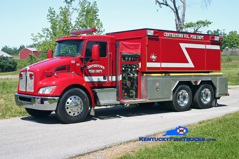 <center> Centertown  Tanker 98 <br> 2007 Kenworth T-300/Fouts Bros 750/3000 <br> Kent Parrish photo </center>