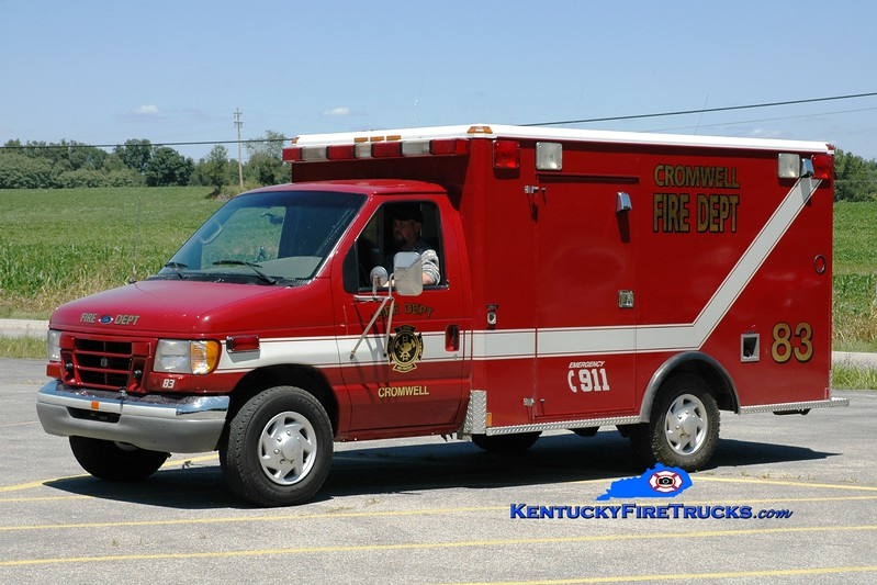 <center> Cromwell  Rescue 83 <br> 2000 Ford E-350/Wheeled Coach <br> Greg Stapleton photo </center>