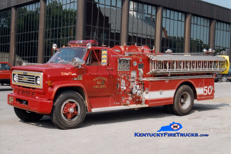 <center> RETIRED <BR> Hartford  Engine 14 <br> 1977 Chevy C65/Howe-Grumman 1000/750  <br> Greg Stapleton photo </center>