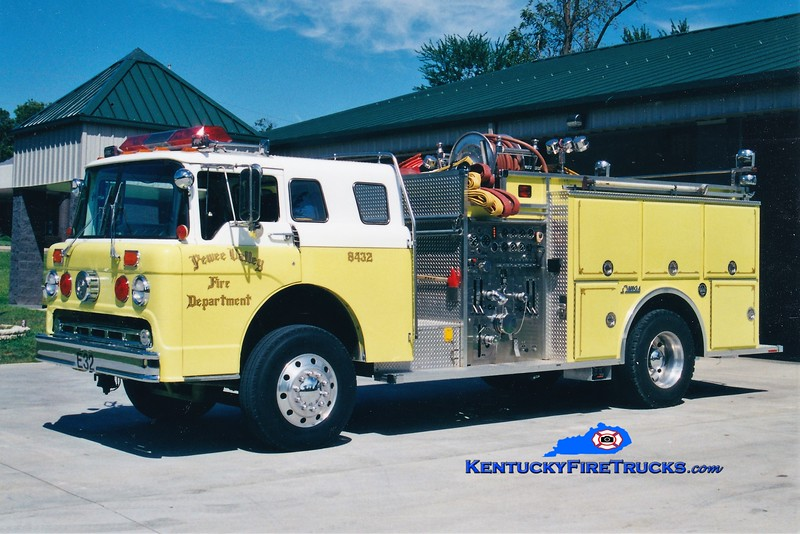 RETIRED<br /> Pewee Valley  Engine 8432<br /> 1985 Ford C-8000/FMC 1250/750<br /> Greg Stapleton photo