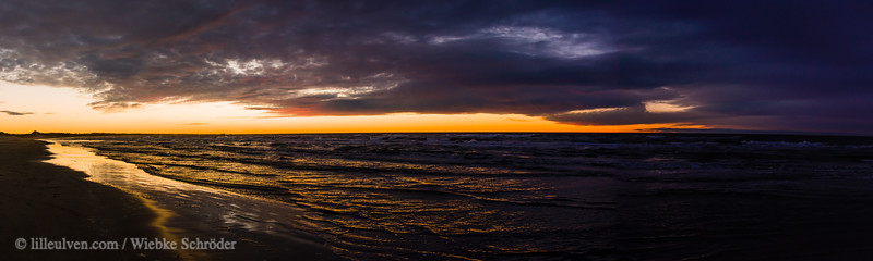 Sunset panorama at the beach of Tannisby