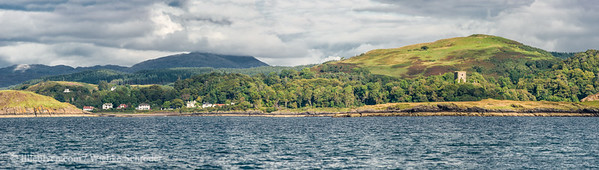 Dunnolie Castle and Maiden Island - Panorama