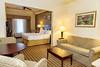 Peach_Holiday Inn_2315