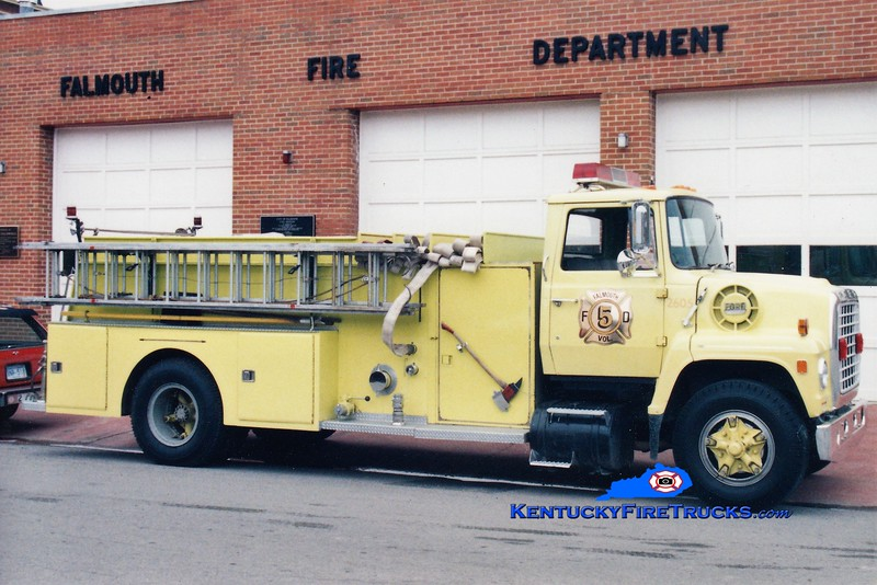 RETIRED<br /> Falmouth Engine 5<br /> 1972 Ford/1954 American LaFrance 1000/1000<br /> Greg Stapleton photo
