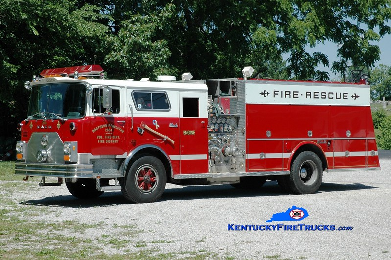 <center> Northern Pendleton Engine 2804 <br> x-Central Campbell/Cold Spring-Crestview, KY <br> 1989 Mack CF/Welch 1500/500 <br> Greg Stapleton photo </center>