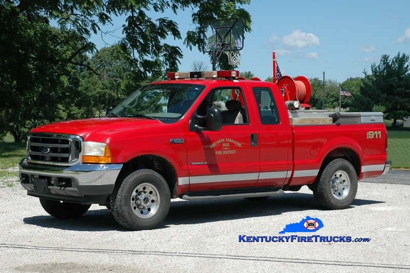 <center> Northern Pendleton  Brush 2835  <br> 2003 Ford F-250 4x4/NPFD 250/250 <br> Greg Stapleton photo </center>