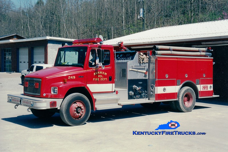 <center> Avawam  Engine 249 <br> 1994 Freightliner FL80/Pierce 1000/1000 <br> Greg Stapleton photo </center>