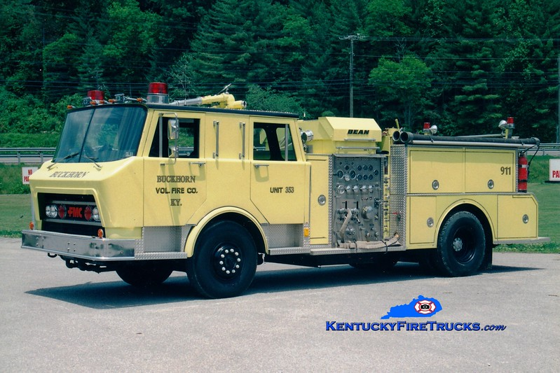 <center> RETIRED <br> Buckhorn  Engine 353 <br> x-Marshall Twp, PA <br> 1977 Spartan/FMC 1500/750 <br> Greg Stapleton photo </center>